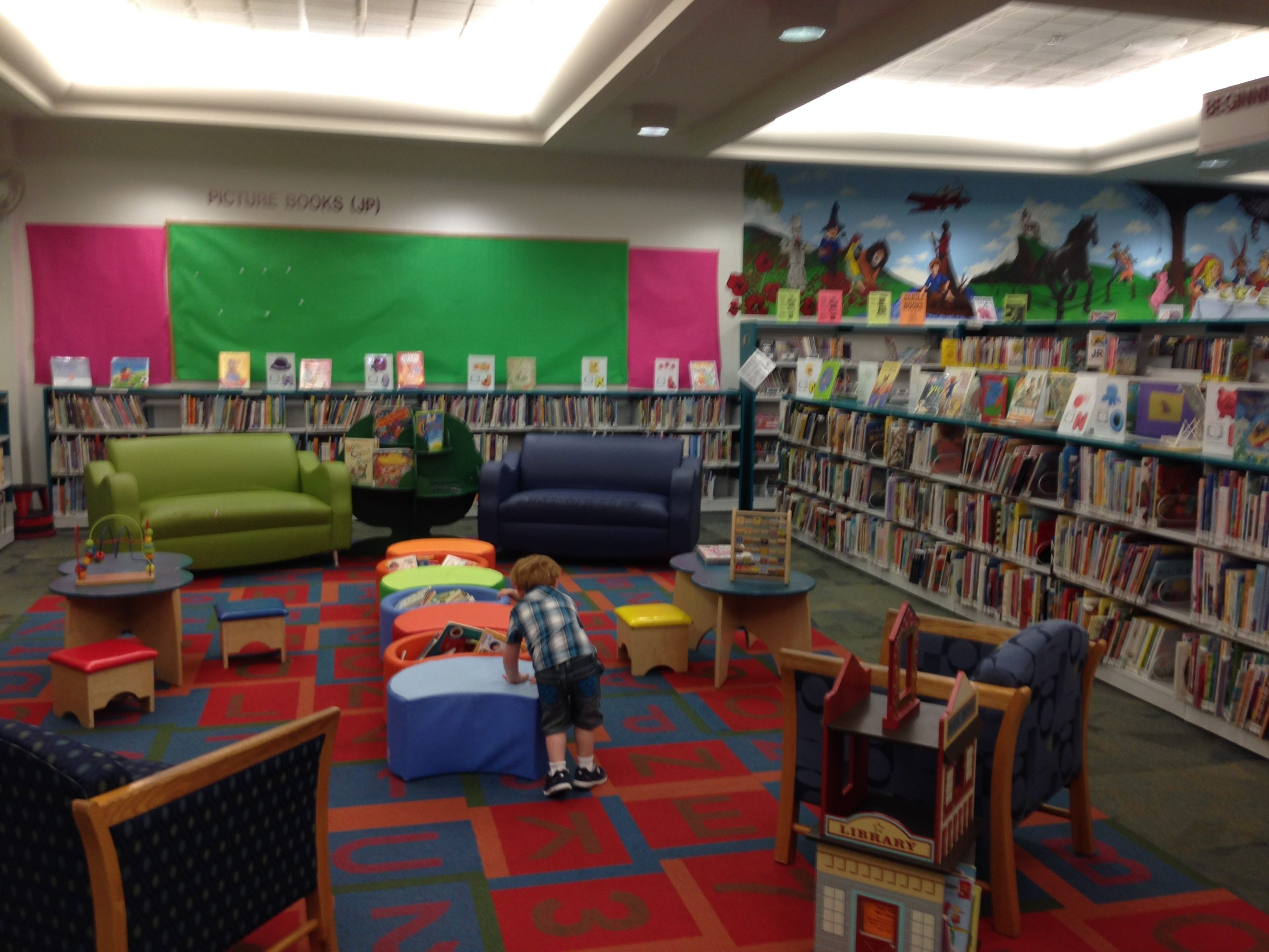 Easy Ways to Use a Library While Homeschooling
